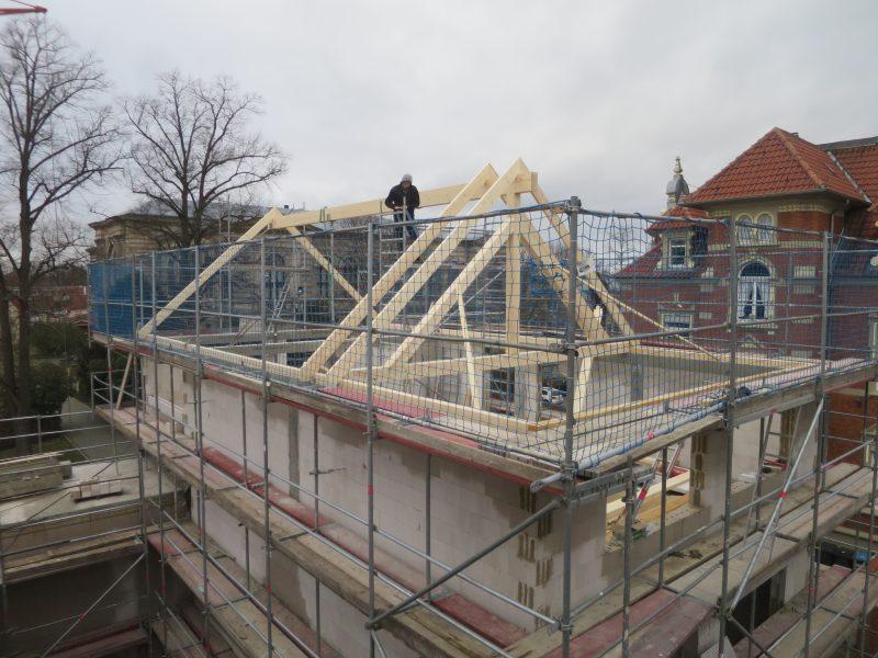 Erster Dachstuhl