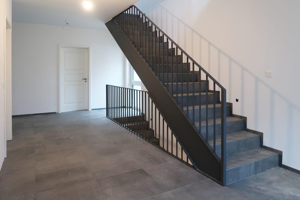 Haus 4 - Treppengeländer